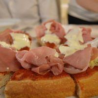 Il 2 agosto al Luca's di Trebaseleghe c'è la serata pizza gourmet con musica dal vivo e una lista di prelibatezze lunghissima