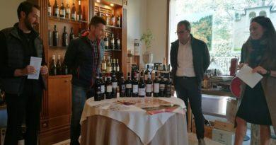 Porta un vino a cena: l'arte di saper scegliere italiano