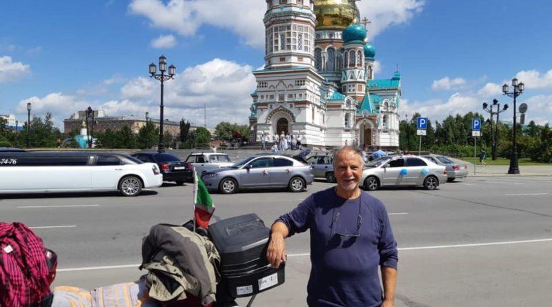 Padova – Tokyo in moto a 70 anni: Luciano Fasolo a metà cammino sulle sponde del lago Baikal