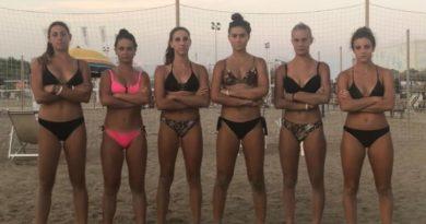 Le ragazze dell'Aduna Volley fortissime anche sulla spiaggia