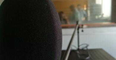 Domani ritorno in onda la mattina con Il Morning Show di Radio Cafè (fm 95.3). E mi pare una specie di magia