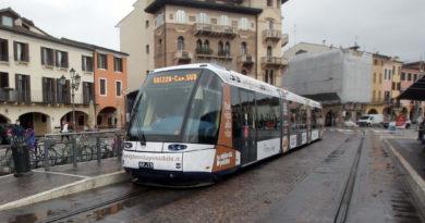 """Entusiasmo per l'ipotesi tram fino a Legnaro. Rovoletto (GZip): """"Dovrà attraversare la Zona industriale"""""""